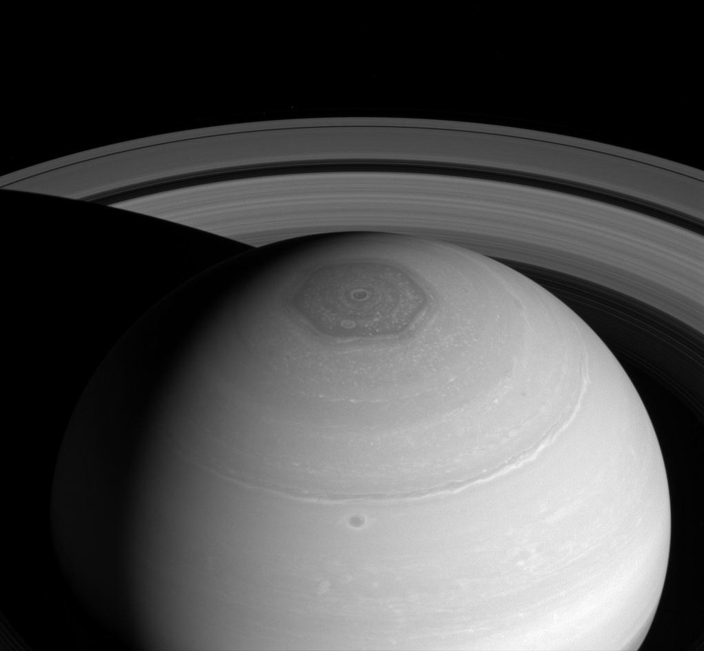 Hexagono en Saturno