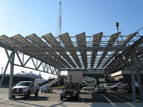 Paneles solares vs biocombustibles